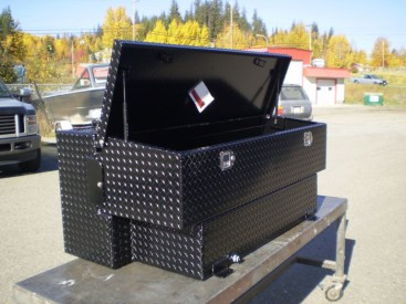 840SB - 100 Gal Box Tank Combo, notched for short box pickup, powder coated